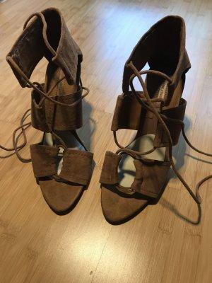 Braune High Heels von ZARA