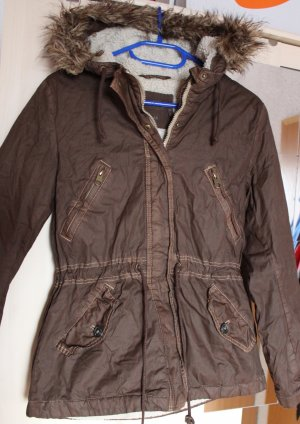 Braune Jacke mit Fellkapuze, Gr. 38 von H&M