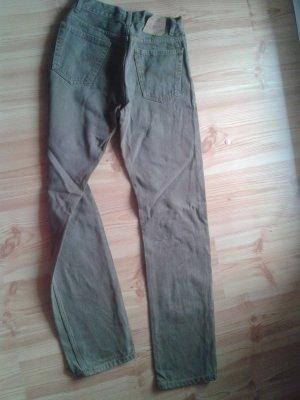 braune Jeans Hose von Levi's. ich kann auch trage Fotos schicken.