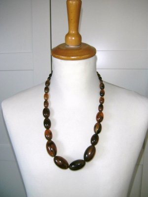 braune Kette mit großen Perlen, H&M