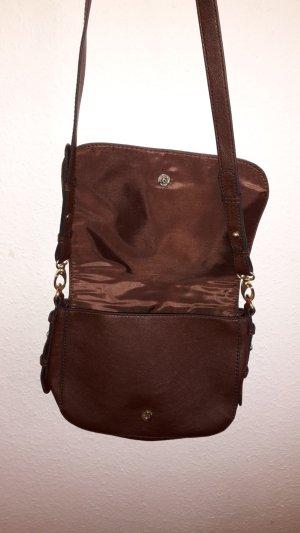 Braune kleine Tasche mit goldenen Details