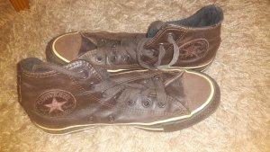 Braune Leder Converse