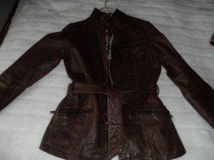 Braune Lederjacke von Milestone, echtes Leder in Gr.36, fällt aber klein aus.