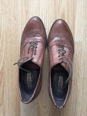 5th Avenue Zapatos brogue marrón-coñac