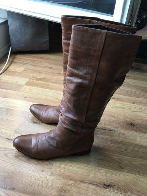 Braune Lederstiefel (für schmale Füße)