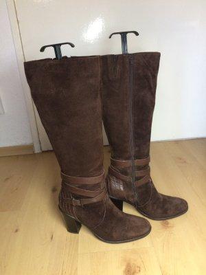 braune Lederstiefel, Gr. 39, Stiefel aus Leder, schokobraun, Wildleder