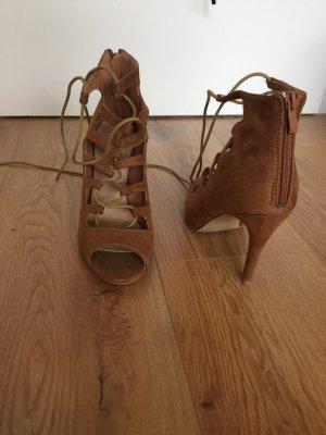 Braune Riemchen -Sandaletten