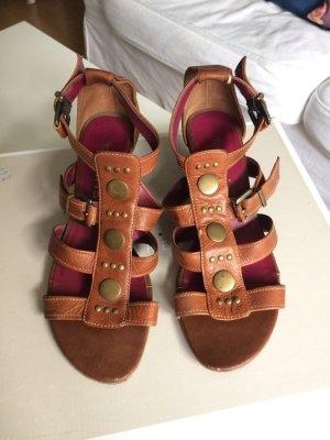braune Römer-Sandalen Sandaletten von Tamaris Gr. 36