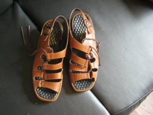 braune Sandalen Größe 39