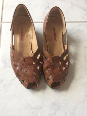Braune Sandalen/Halbschuhe