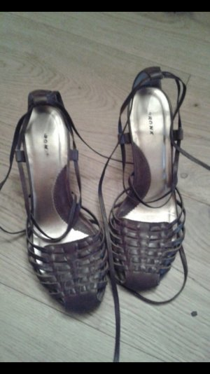 Braune Sandalen von Bronx