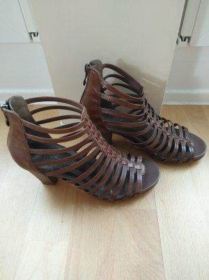 Braune Sandaletten von Tamaris