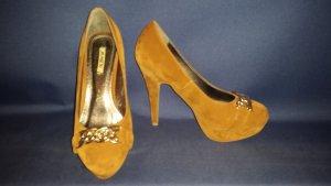 braune Schuhe von Jumex
