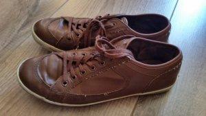 Braune Schuhe von Venice