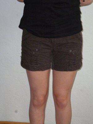 braune Shorts von C&A