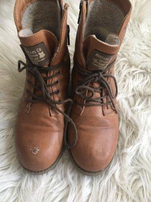Braune Stiefel