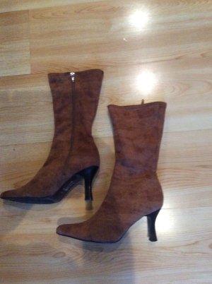 Braune Stiefel Gr 37 einmal getragen