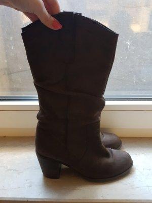 braune Stiefel mit Blockabstz von TANGO