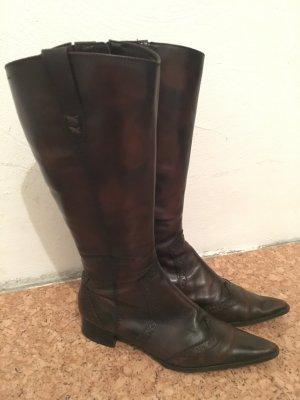 Braune Stiefel von Tamaris
