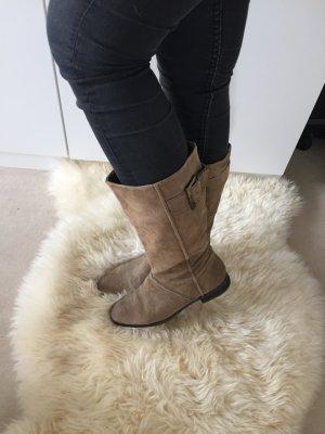 Braune Stiefel von Zara mit Schnalle