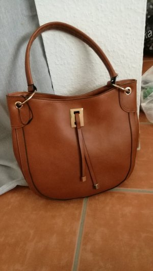 braune Tasche in Lederoptik