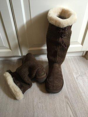 braune Ugg Stiefel mit Fell & Strickoptik - Größe 38
