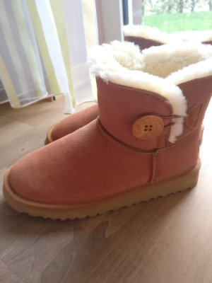 UGG Australia Winter Booties brown-cognac-coloured