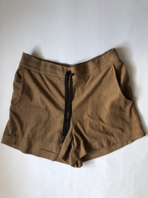 Braune Wildleder Short