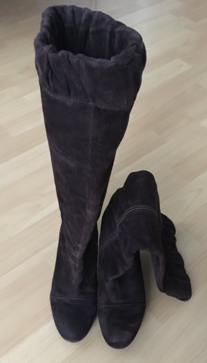 Braune Wildleder Stiefel