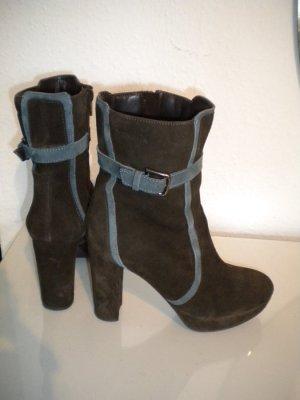 Braune Wildleder Stiefeletten High Heels