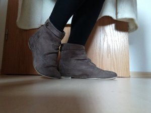 Braune Wildlederoptik Stiefeletten, kurze Boots Gr. 38