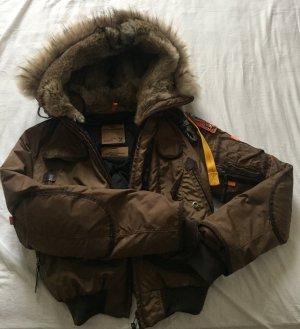 Braune Winterjacke von Parajumpers