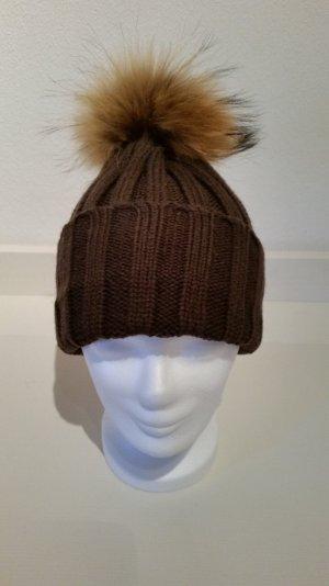 braune Wollmütze mit echtfell-Bommel