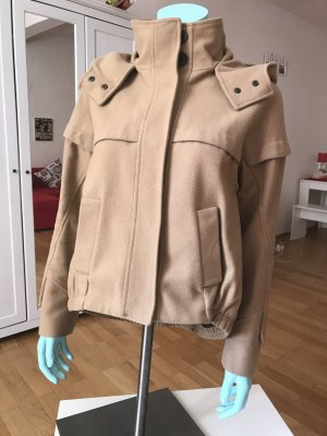 Braune Zara - Kurzjacke mit Kapuze