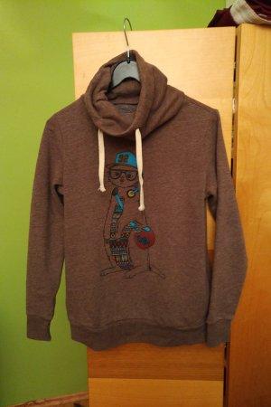 Brauner Pullover mit Erdmännchenmotiv