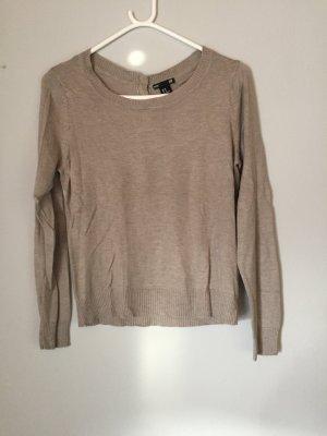 Brauner Pullover mit Knopfleiste