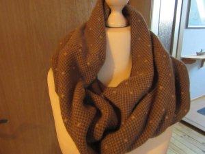 brauner Schal wie abgebildet
