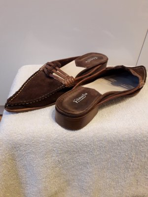 Slippers light brown-brown suede