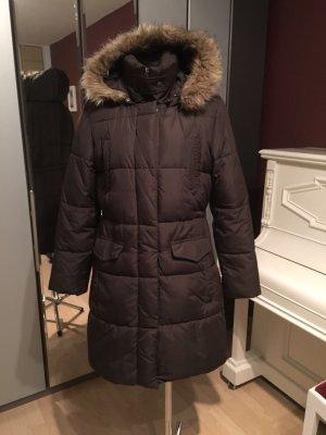 Brauner warmer Mantel