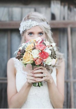 Cinta para el pelo blanco-color plata