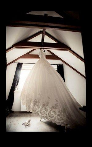 Brautkleid 1Hochzeitskleid