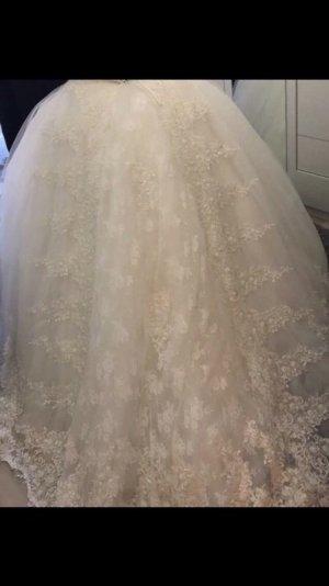 Robe de mariée crème-blanc