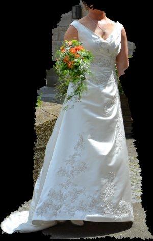 Brautkleid Alexandra mit Reifenrock