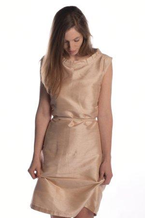 Brautkleid aus Seide, in blush, reine Seide, Gr. M, von elbfeeberlin
