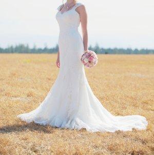 Brautkleid aus Spitze Ivory Größe 36