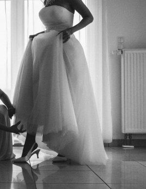 Brautkleid aus Tüll nur einmal getragen. Gekauft Dezember 2017