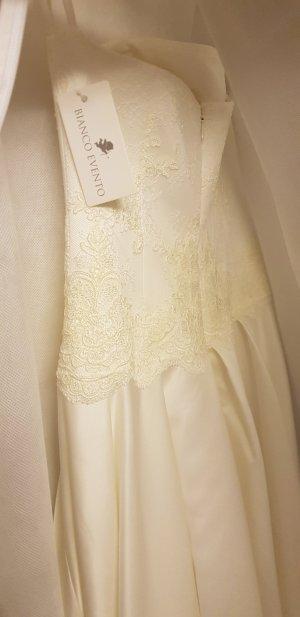 Bianco Robe de mariée beige clair