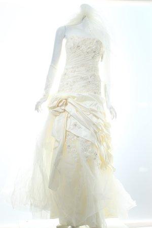 Brautkleid creme Romantik-Look