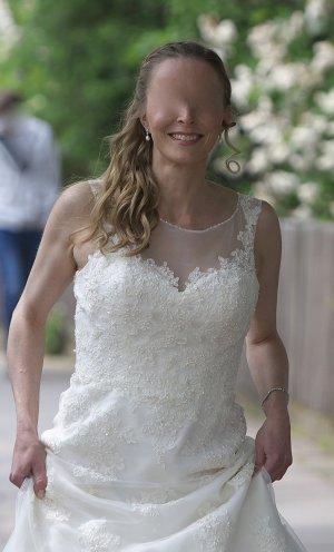 Brautkleid der Marke Sincerity ivory 3822