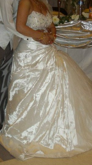 Brautkleid extra Anfertigung